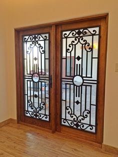Tableaux Faux Iron Door 34