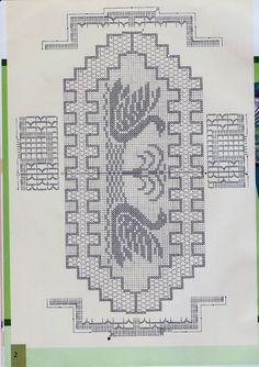 Filet Crochet, Crochet Table Runner, Crochet Books, C2c, Emoticon, Doilies, Table Runners, Centerpieces, Retro Recipes