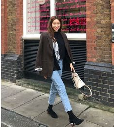 차정원 인스타그램 사복 데일리룩 사진 모음 : 네이버 블로그 New Outfits, Cool Outfits, Fashion Outfits, Womens Fashion, Autumn Winter Fashion, Spring Fashion, Fashion Books, Mode Inspiration, Minimalist Fashion