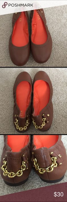 Lauren by Ralph Lauren Tan leather flats Sz 8.5 Brand new Sz 8.5 Lauren by Ralph Lauren Tan leather flats . Stretch leather with gold hardware brand new never used . Orange interior mint condition . Size 8.5 Lauren Ralph Lauren Shoes Flats & Loafers