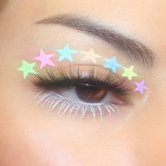 "History of eye makeup ""Eye care"", put simply, ""eye make-up"" happens to be a field Cute Makeup Looks, Makeup Eye Looks, Eye Makeup Art, Pretty Makeup, Skin Makeup, Eyeshadow Makeup, Eyeliner, Edgy Makeup, Indie Makeup"