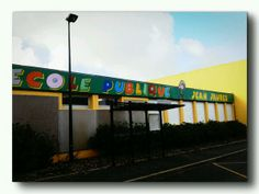 Julien (@ e_connex) : 2014 Année #Jaurès. L'école publique Jean Jaurès à Crozon, Finistère. / http://pic.twitter.com/WhjIt08cJ6