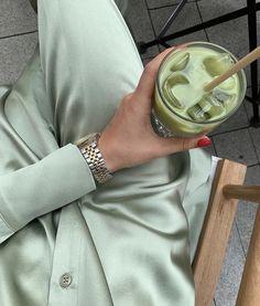 Mint Green Aesthetic, Aesthetic Colors, Aesthetic Vintage, Aesthetic Food, Aesthetic Photo, Aesthetic Pictures, Ropa Color Pastel, Images Esthétiques, Sage Color