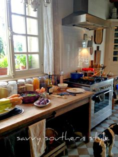 I need a long table in the kitchen for preparing meals