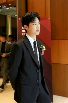 Asian Actors, Korean Actors, Korean Drama List, Lee Shin, Kim Dong, Cute Actors, Kdrama Actors, Hyun Bin, Golden Child