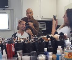 A Cousin is not so scary when he is doing Nacho's makeup. Media Tweets by Michael Mando (@MandoMichael) | Twitter Better Call Saul, Ralph Fiennes, Fun Shots, Orphan Black, Reasons To Smile, Breaking Bad, Best Actor, Famous Faces, Best Tv