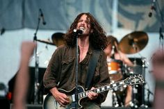Chris Cornell (Soundgarden) | Gibson Les Paul Custom (Silverburst)