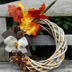 Podzimní věnec Grapevine Wreath, Grape Vines, Wreaths, Winter, Diy, Home Decor, Door Wreaths, Fall Season, Winter Time