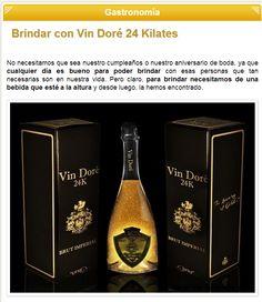 La web Objetos Lujosos recomienda Vin Doré 24K Whiskey Bottle, Coffee, Drinks, Gastronomia, Wedding Anniversary, Objects, Coffee Cafe, Beverages, Kaffee