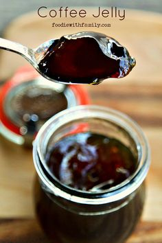 Black Coffee Jelly Recipe - DIY Gift World - Food - coffee Recipes Jam Recipes, Canning Recipes, Coffee Recipes, Dessert Recipes, Canning Labels, Curry Recipes, Lunch Recipes, Drink Recipes, Chutneys