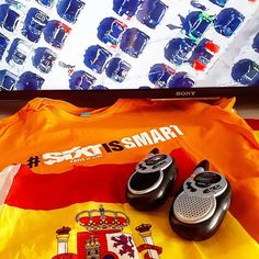 Todo preparado para otra gran experiencia con los compis fans de Smart. A representar a España en @Smarttimes con el apoyo de @Sixtespana y con @smarterosspain Walkies camisetas inscripción  smartphone... Gooooo  #SIXTIsSmart #SmarttimesIrreSIXTible  #Smarttimes17 #Smart #HolaSalou #Salou #car #cars #coches #NosinmiSmart #Spain #fansSmart