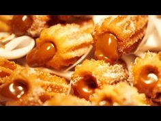 Here& how to make a delicious recipe for simple, homemade, roasted and fried churros . Fried Churros Recipe, Rellenos Recipe, Peruvian Recipes, Sweet Desserts, Desert Recipes, Finger Foods, Mexican Food Recipes, Macaroni And Cheese, Roast