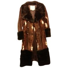 Pre-owned Priscilla Modes Colection Fur Coat ($171) ❤ liked on Polyvore featuring outerwear, coats, brown with animal prints, brown coat, animal print coat, fur coat, vintage fur coat and brown fur coat