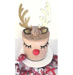 Christmas party decorations with a Reindeer cake