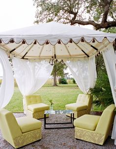 A beachy lounge we could definitely relax in. {Ooh! Events}