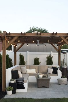 Find inspirations to plan and beautify your backyard design. These outdoor patio enclosure ideas will help you to make your backyard pretty and comfort. Backyard Seating, Outdoor Pergola, Small Backyard Landscaping, Backyard Pergola, Outdoor Decor, Outdoor Living, Backyard Pools, Pergola Kits, Landscaping Ideas
