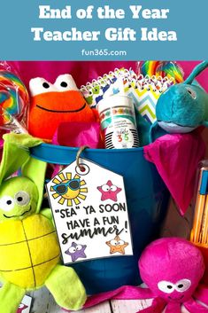 You can create these inexpensive sea-themed gifts with your teacher's favorite things, from candy to The Happy Planner essentials. These end of year gifts will leave a lasting summer memory with your favorite educator. Your Teacher, Teacher Gifts, Summer Memories, Diy Wedding Projects, Teacher Favorite Things, Classroom Inspiration, Oriental Trading, Happy Planner, Party Planning