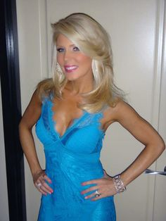 Gretchen Rossi Shows Off Her Haircut on July 7, 2012