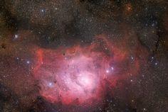 De Lagunenevel (M8) is een emissienevel in het sterrenbeeld Boogschutter (Sagittarius)