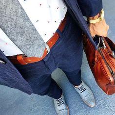 Cool urban fashion // city boys // urban men // mens fashion // mens accessories // mens suit // watches // gym bag //
