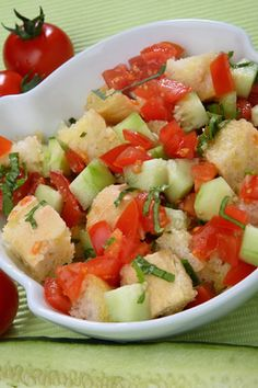 #salad #recipes #summersalad People who have never tried a panzanella recipe think the concept of adding bread to a salad sounds very strange, but once you taste this cu...
