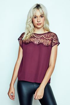 URBAN PLANET | Floral Lace Detail Top in Plum