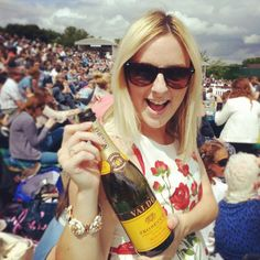 Me and Prosecco on Murray Mount #Wimbledon