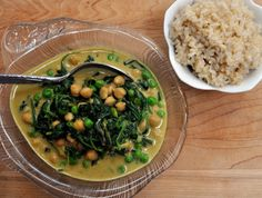 curry with spinach and chickpeas