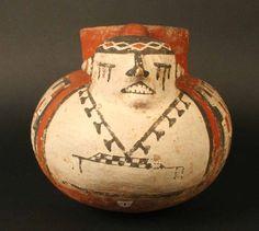 Materiales: Cerámica  Periodo: Agroalfarero Tardío. Fase II 1300- 1500 d.C.  Medidas: 160 mm de alto x 23 mm de largo x 170 mm de ancho  Código de pieza: MCHAP 16   cultura Diaguita