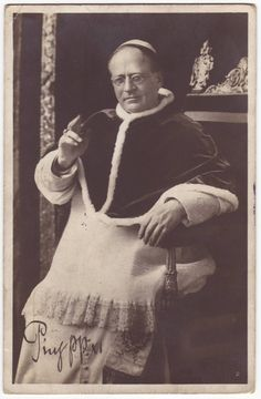 Antique italian postcard with the portrait of Pope Pius XI - 1938 Pope Pius Xi, Say Hi, Vintage Postcards, Catholic, Portrait, Antiques, Painting, Etsy, Beauty