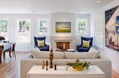 Bright and modern living room featuring refreshing contrasts