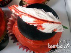Twilight cupcake by www.tartarte.com