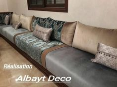 Salon marocain – salon marocain design – décoration – Albayt Deco Living Room Designs, Living Room Decor, Luxury Living, Colorful Decor, Diy Headboards, Cushions, Couch, Inspiration, Furniture