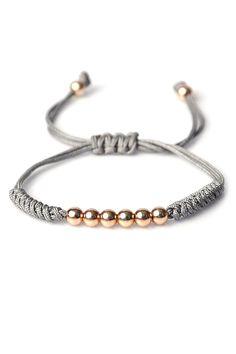 Onyx designer onyx macrame bileklik lidyana com bileklik designer lidyanacom macrame onyx rupees Braided Bracelets, Handmade Bracelets, Bracelets For Men, Friendship Bracelets, Handmade Jewelry, Macrame Jewelry, Macrame Bracelets, Macrame Bag, Bracelet Crafts