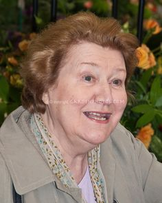 Keeping Up Appearances: Our Hyacinth (Patricia Routledge)