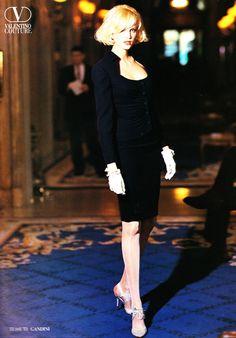 https://flic.kr/p/wBWyrb | Valentino 1995 | Nadja Auermann