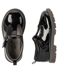 OshKosh Patent Leather T-Strap Mary Janes from Carters.com. Shop clothing & accessories from a trusted name in kids, toddlers, and baby clothes.