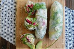 Noodle spring rolls, avocado and radish red meat Recipes Appetizers And Snacks, Appetizer Salads, Vegan Appetizers, Healthy Food Blogs, Good Healthy Recipes, Healthy Snacks, Healthy Eating, Vegetarian Cooking, Vegetarian Recipes