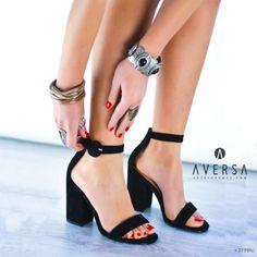 Sandalo con tacco Steve Madden Friday camoscio nero