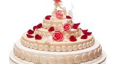 EN IMAGES. Pièce montée ou gâteau de mariage?