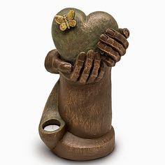 Keramische Art Urn Hartepijn, met Kaarsje  (as-inhoud: 3.5 liter)  Artikelnummer: UGK65BT  Vervaardigd uit: Hoogwaardig keramiek Kleurafwerking: Met duurzame, echt bronzen finish  As-inhoud, gewicht en afmetingen: 3.5 liter, 5 kg. Hoogte: 35 cm, breedte 22 cm, diameter 19 cm  Keramische Art Urn Hartepijn, met Kaarsje  (as-inhoud: 3.5 liter)  Urnwebshop.nl prijs: € 559  http://www.urnwebshop.nl/urnen/keramische-art-urnen/p-1/UGK65BT--keramische-art-urn.html