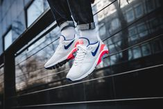 hot sale online 79165 54379 Nike Air Max 180 Ultramarine OG Shoes