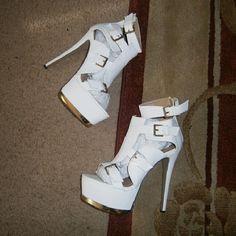 Glaze white platform sandals 6.5 inch heel, 2.25 inch platform. glaze Shoes Heels