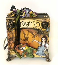Magic of Oz: Spring 2019 Sneak Peeks 3d Paper Crafts, Diy And Crafts, Scrapbook Page Layouts, Scrapbook Pages, Altered Books, Altered Art, Magic Of Oz, Cigar Box Crafts, French Lilac
