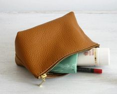Leather Makeup Bag, Leather Pouch, Pebbled Leather, Tan Leather, Brown Bags, Pouch Bag, Toiletry Bag, Small Bags, Bag Making