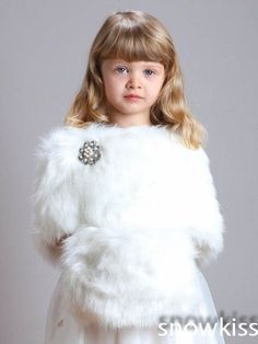 30.00$  Watch now - http://aixie.worlditems.win/all/product.php?id=32764424180 - 2016 Winter flower girl cape with muff hand warmer for the communion dress winter faux fur cloaks coat for wedding