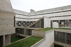Le Corbusier Couvent de la Tourette - Le Corbusier's Masterpiece or something else?