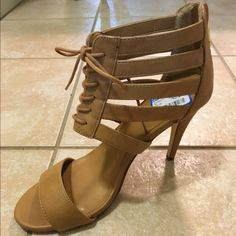 PRICE DROP $25 REPORT SIGNATURE ZESTA PUMPS REPORT SIGNATURE ZESTA BEIGE 4 INCH PUMPS WIT LACE FRONT CLOSURE N ZIPPER N BACK NEW WITH TAGS SIZE 9 1/2 M Report Signature Shoes Heels