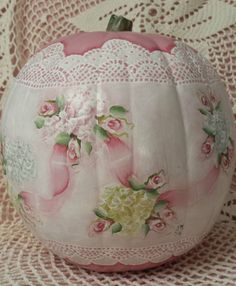 """Hand Painted Pumpkin Halloween Fall  Cottage Chic Pink Roses Shabby Lace HP 6"""" Halloween Gourds, Chalet Chic, Pink Pumpkins, Ebay Auction, Painted Pumpkins, Cottage Chic, Shabby, Roses, Hand Painted"""