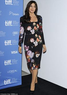 Monica Bellucci shows off her killer curves in a floral print dress | Mail Online